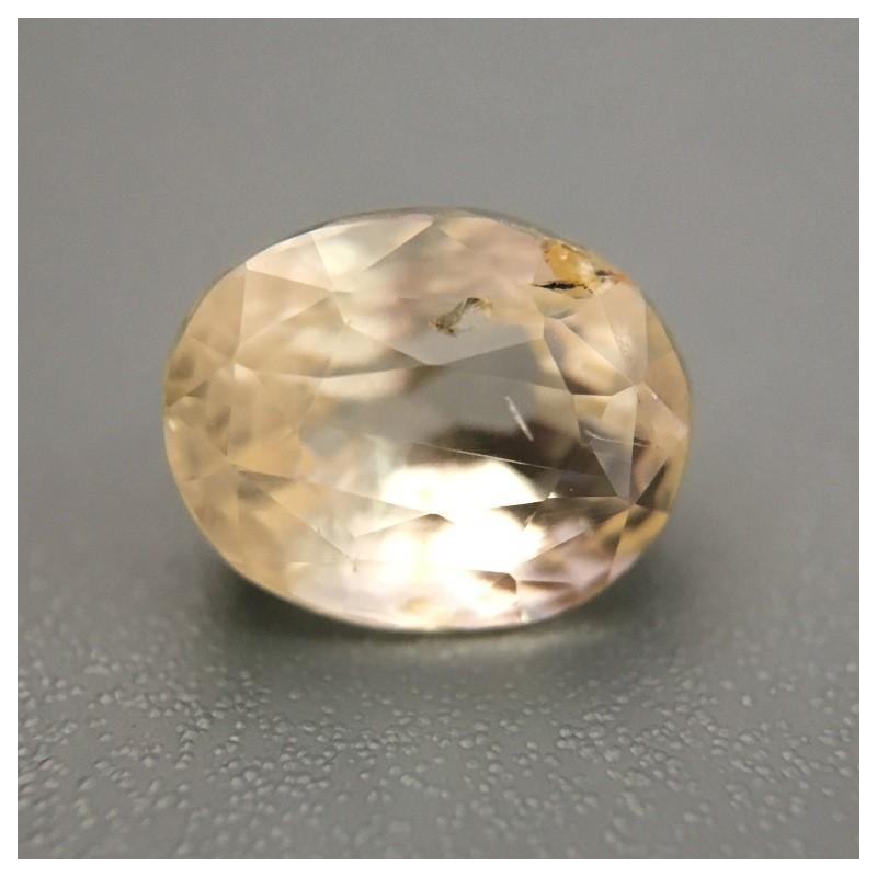 2.15 Carats Natural Unheated light yellow sapphire  Loose Gemstone New Certified  Sri Lanka