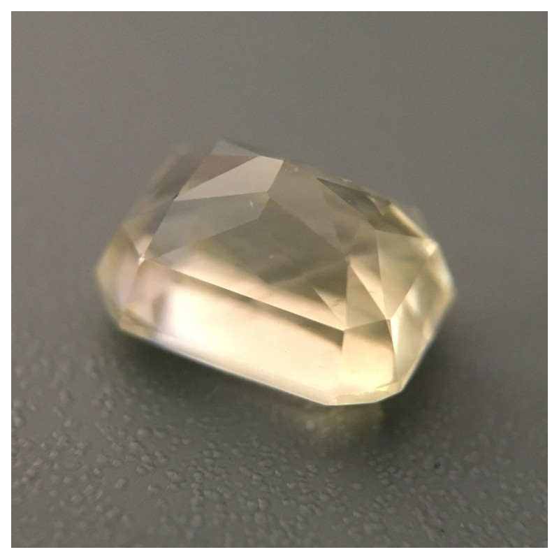 2.02 Carats Natural yellow sapphire |Loose Gemstone|New Certified| Sri Lanka