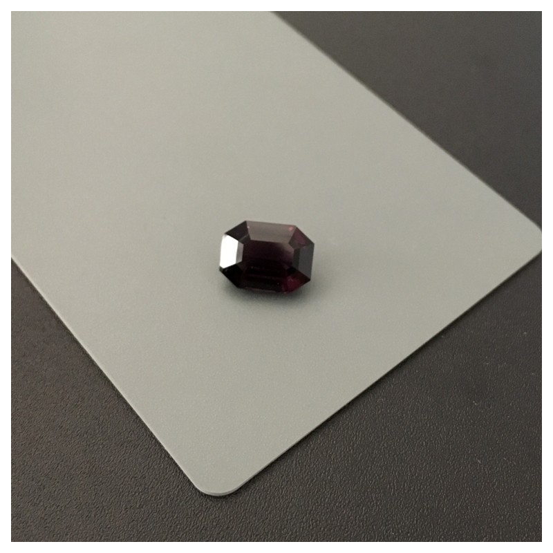 4.32 Carats Natural Unheated Medium dark red Spinel |New Certified| Sri Lanka